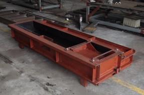 高铁水泥遮板钢模具