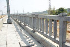 水泥混凝土制品高铁栅栏模具施工案例