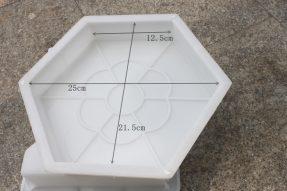 梅花图案实心六边形护坡模具
