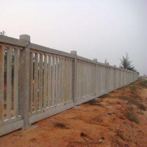 铁路水泥护栏模具施工案例