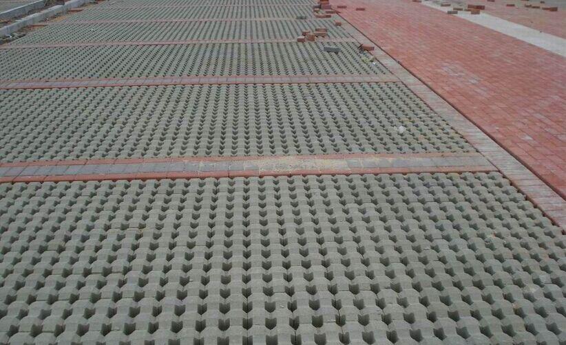 塑料彩砖模具