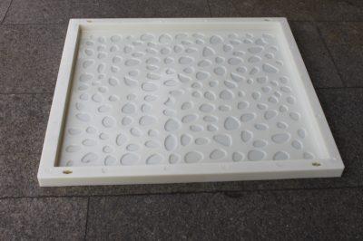 鹅卵石衬砌盖板模具采用ABS塑料材质