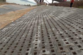 水利护坡砖塑料模具主要应用在哪些施工地点?