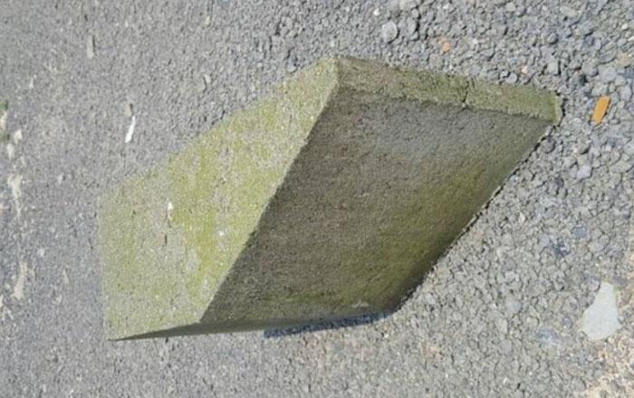 水泥路肩石