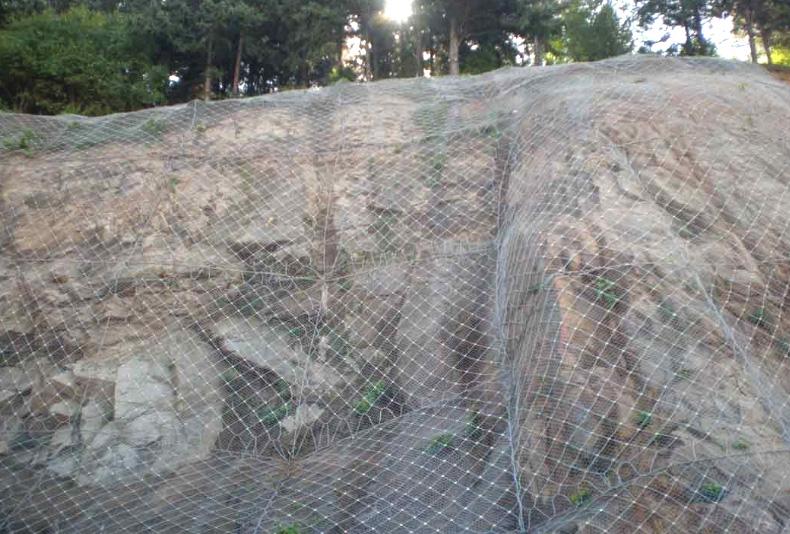石质边坡防护
