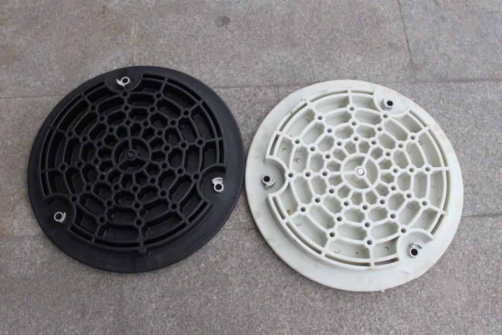 塑料井盖背面