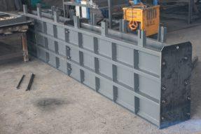 水泥挡渣墙钢模具手工制作流程
