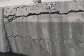 如何防治混凝土盖板塑料模具砼制品裂缝