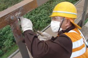 如何预防边沟盖板钢模具生锈