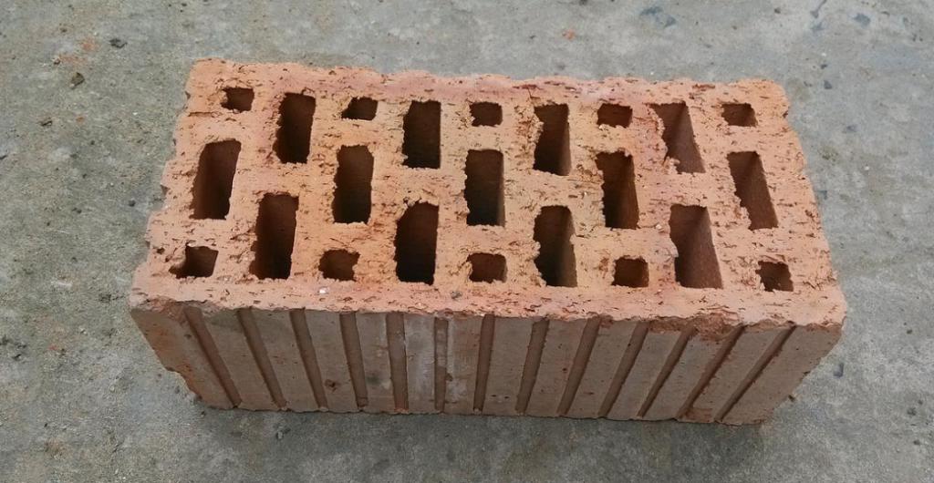烧结多孔砖