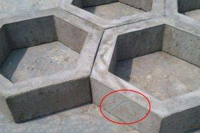护坡砖使用过程中裂缝产生的成因以及预防措施
